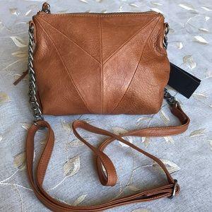 DAY & MOOD Karen Leather Crossbody Bag